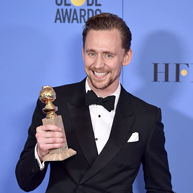 Tom Hiddleston at an event for The 74th Golden Globe Awards (2017)