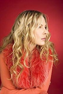 Deborah Kara Unger Picture