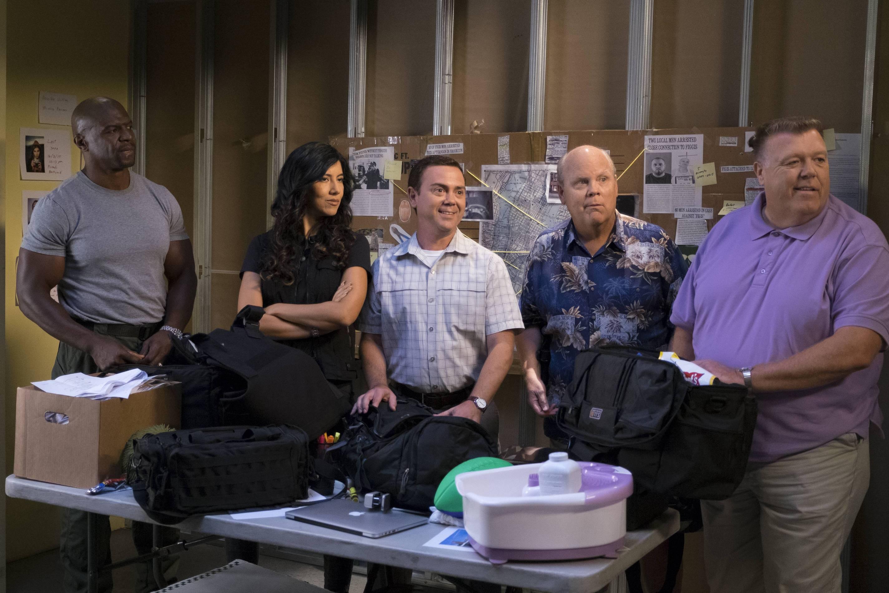 Brooklyn Nine-Nine: Coral Palms, Part 3 | Season 4 | Episode 3