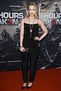 Lara-Isabelle Rentinck Picture