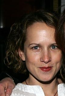 Jennifer Dundas Nude Photos 96