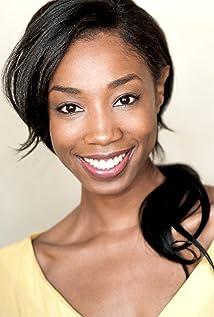 Enisha Brewster Picture