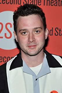 The 37-year old son of father (?) and mother(?), 183 cm tall Eddie Kaye Thomas in 2018 photo