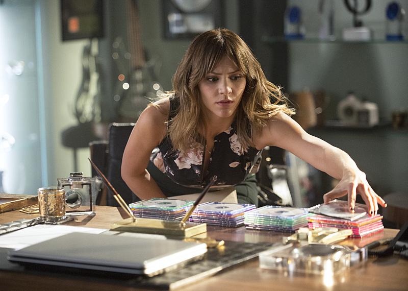 Scorpion: Risky Business | Season 1 | Episode 8