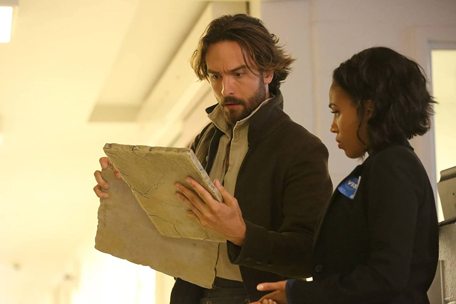 Tom Mison and Nicole Beharie in Sleepy Hollow (2013)