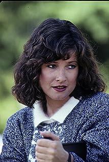 Nikki Carpenter Macgyver