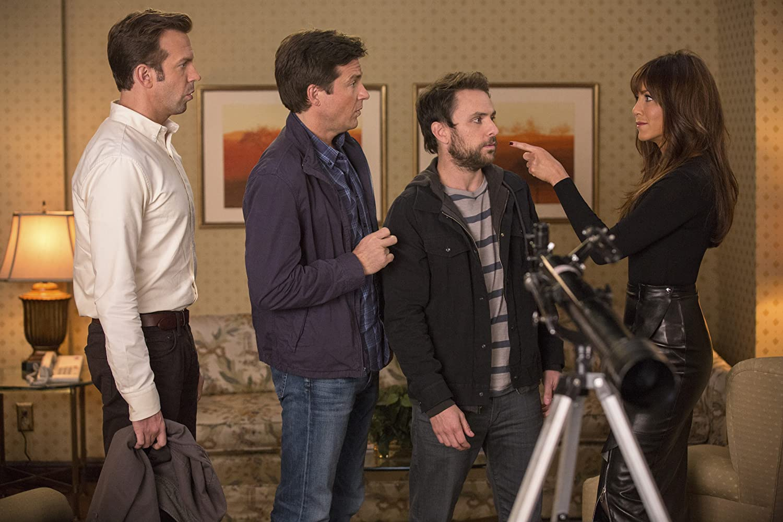 Jennifer Aniston, Jason Bateman, Charlie Day, and Jason Sudeikis in Horrible Bosses 2 (2014)