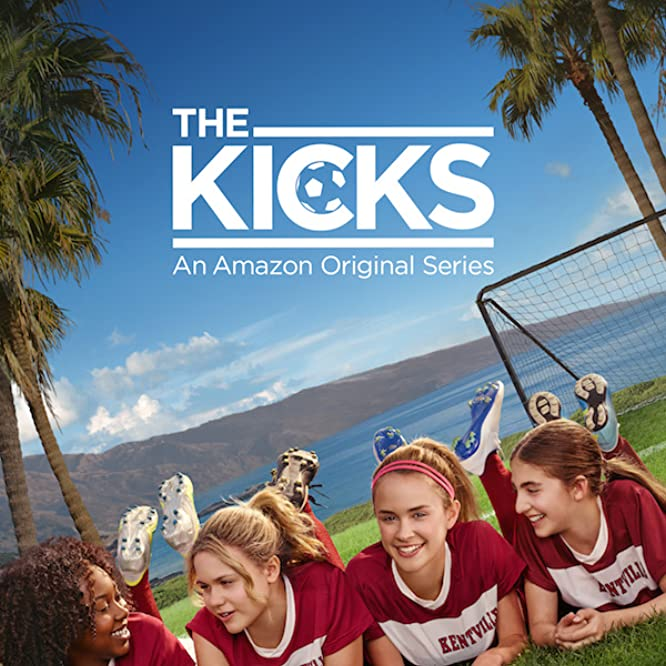 Isabella Acres, Sophia Mitri Schloss, Sixx Orange, and Emyri Crutchfield in The Kicks (2015)
