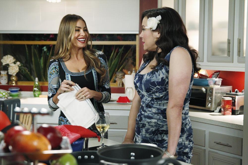 Modern Family: Three Dinners | Season 5 | Episode 13