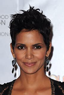 Halle Berry Younger Years