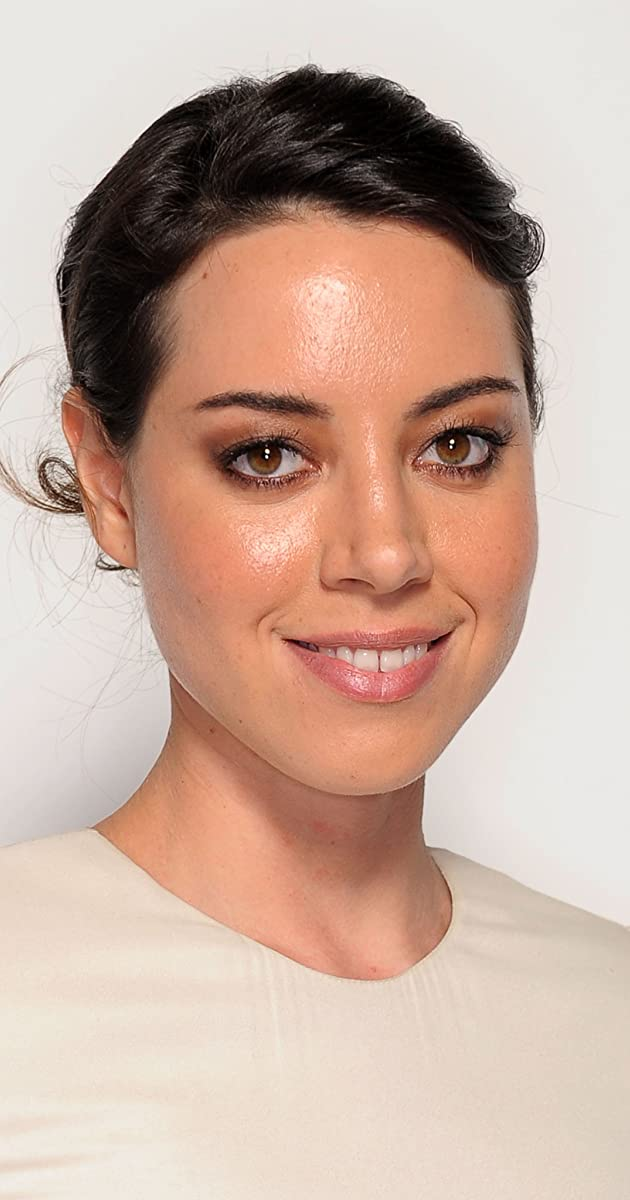 Who is aubrey plaza dating 2020