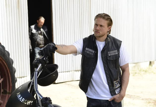 meet the cast of sons anarchy 2014 jax