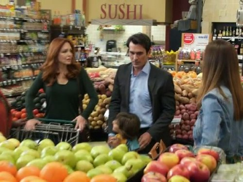 Modern Family: Larry's Wife | Season 5 | Episode 3