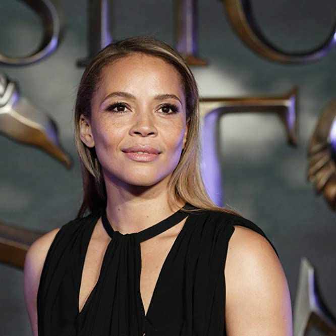 Carmen Ejogo at an event for Fantastic Beasts and Where to Find Them (2016)