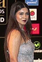 Bhumi Pednekar's primary photo