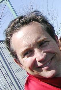 Casey Siemaszko Picture