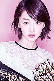 Aktori Dongyu Zhou