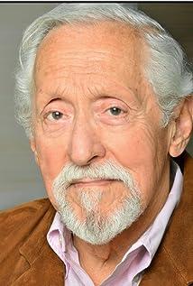 Mike Nussbaum Picture