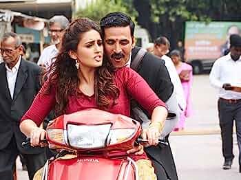 Akshay Kumar and Huma Qureshi in Jolly LLB 2 (2017)