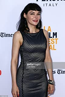 Aktori Liz Clare