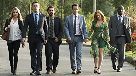 Isla Fisher, Jon Hamm, Ed Helms, Annabelle Wallis, Jake Johnson, and Hannibal Buress in Tag (2018)