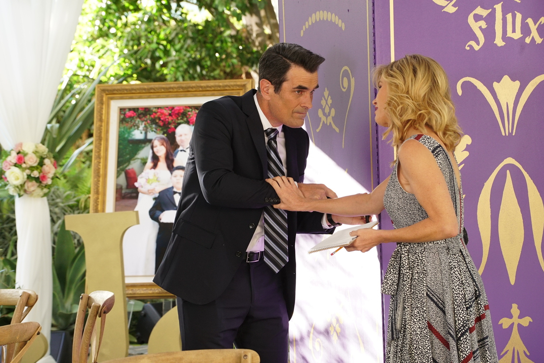 Modern Family: Ten Years Later | Season 9 | Episode 6