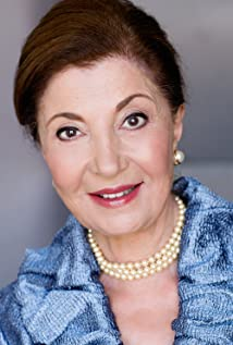The 73-year old daughter of father (?) and mother(?) Irene DeBari in 2020 photo. Irene DeBari earned a million dollar salary - leaving the net worth at million in 2020