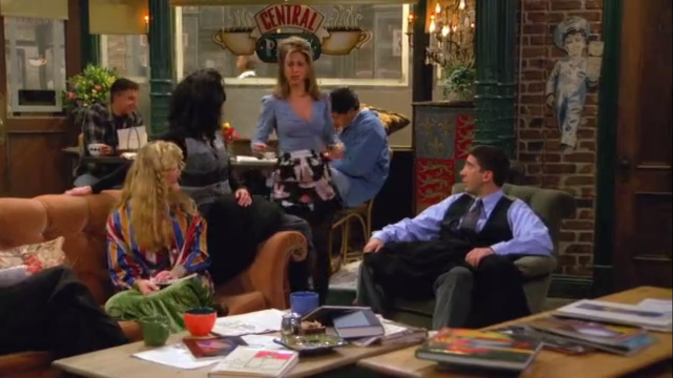 Friends: The One Where Underdog Gets Away | Season 1 | Episode 9