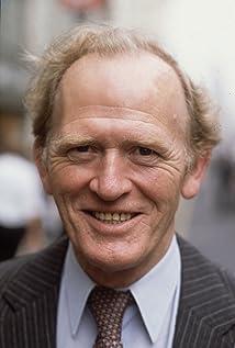 Gordon Jackson Picture