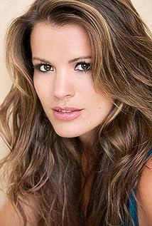 Melissa Claire Egan Picture