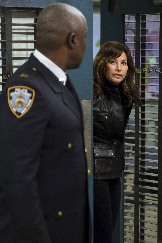 Brooklyn Nine-Nine: The Slaughterhouse | Season 4 | Episode 20