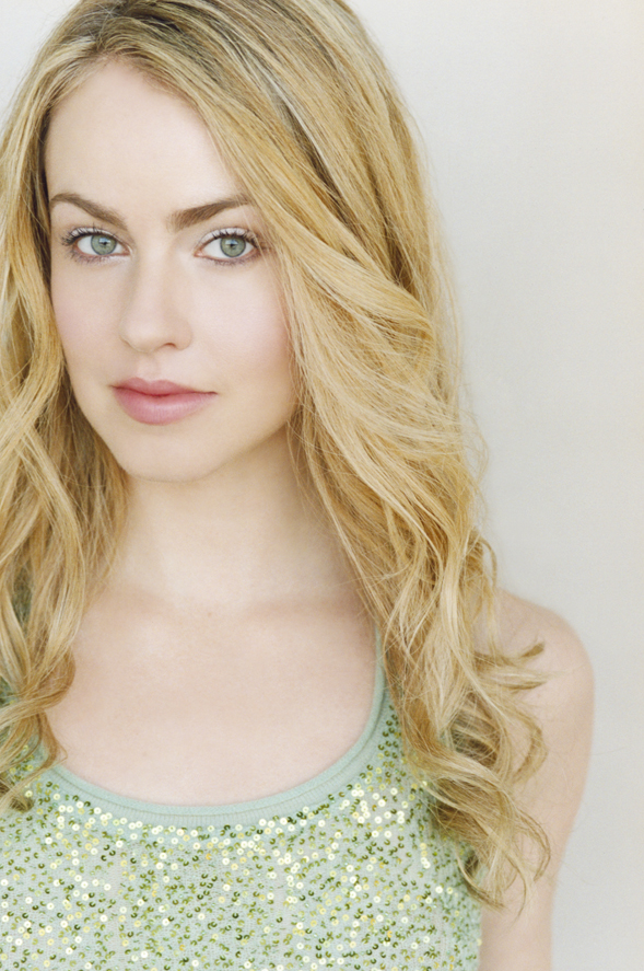 amanda schull in one - photo #26
