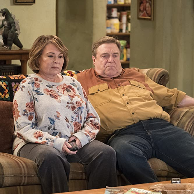 John Goodman and Roseanne Barr in Roseanne (2018)