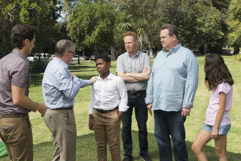 Modern Family: Sex, Lies & Kickball | Season 9 | Episode 4