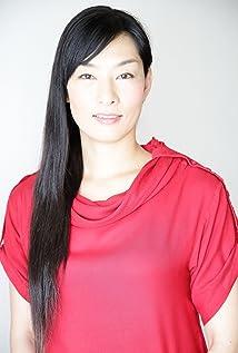 Yoshi Nishioka Picture