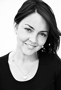 Lacey Turner Picture