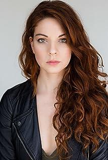 Aktori Bethany Walls