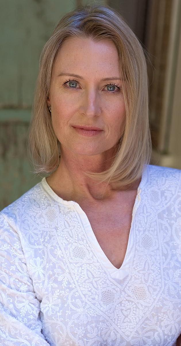 Christine Kellogg-Darrin nude 883