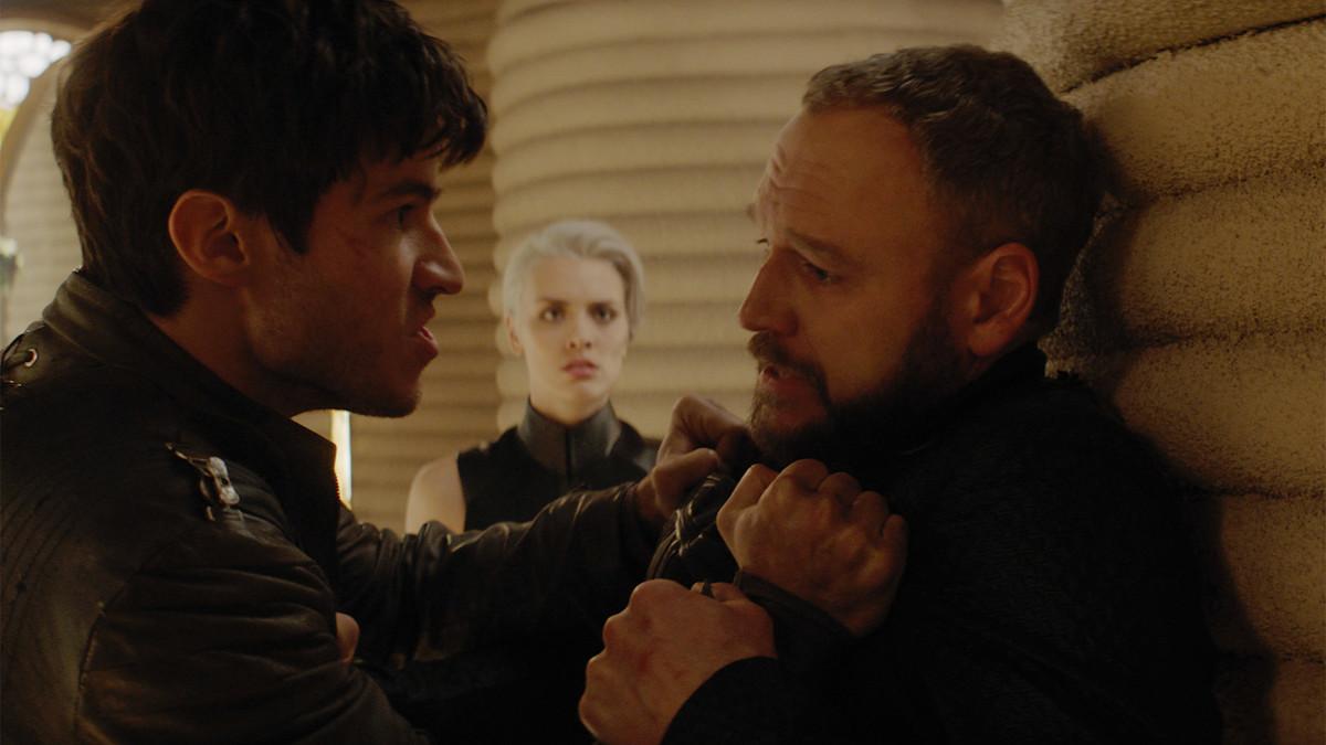 Elliot Cowan, Cameron Cuffe, and Wallis Day in Krypton (2018)