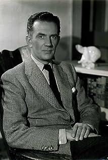 Hugh Sinclair Picture