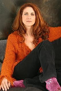 Gina Chiarelli Picture