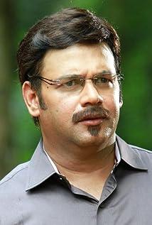 Suresh Menon Picture