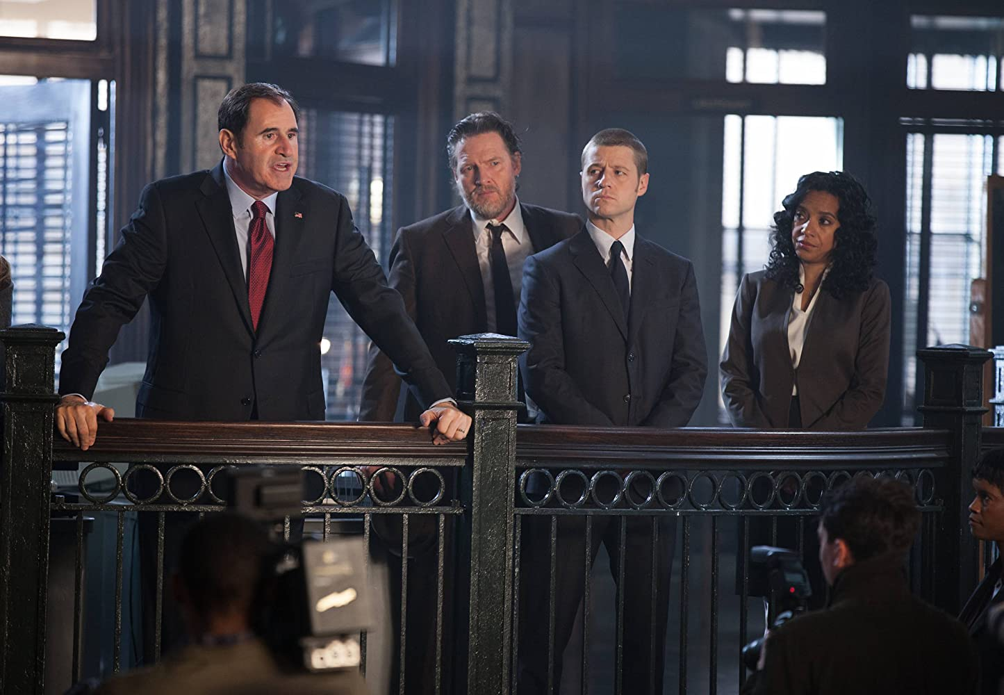 Donal Logue, Richard Kind, Ben McKenzie, and Zabryna Guevara in Gotham (2014)
