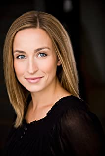 Kira Tozer Picture