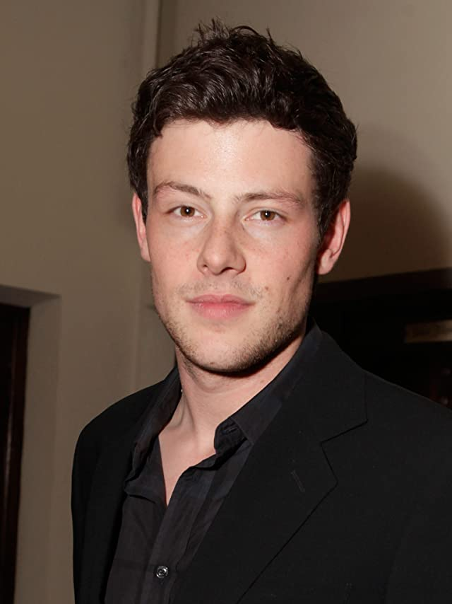 corey monteith how tall