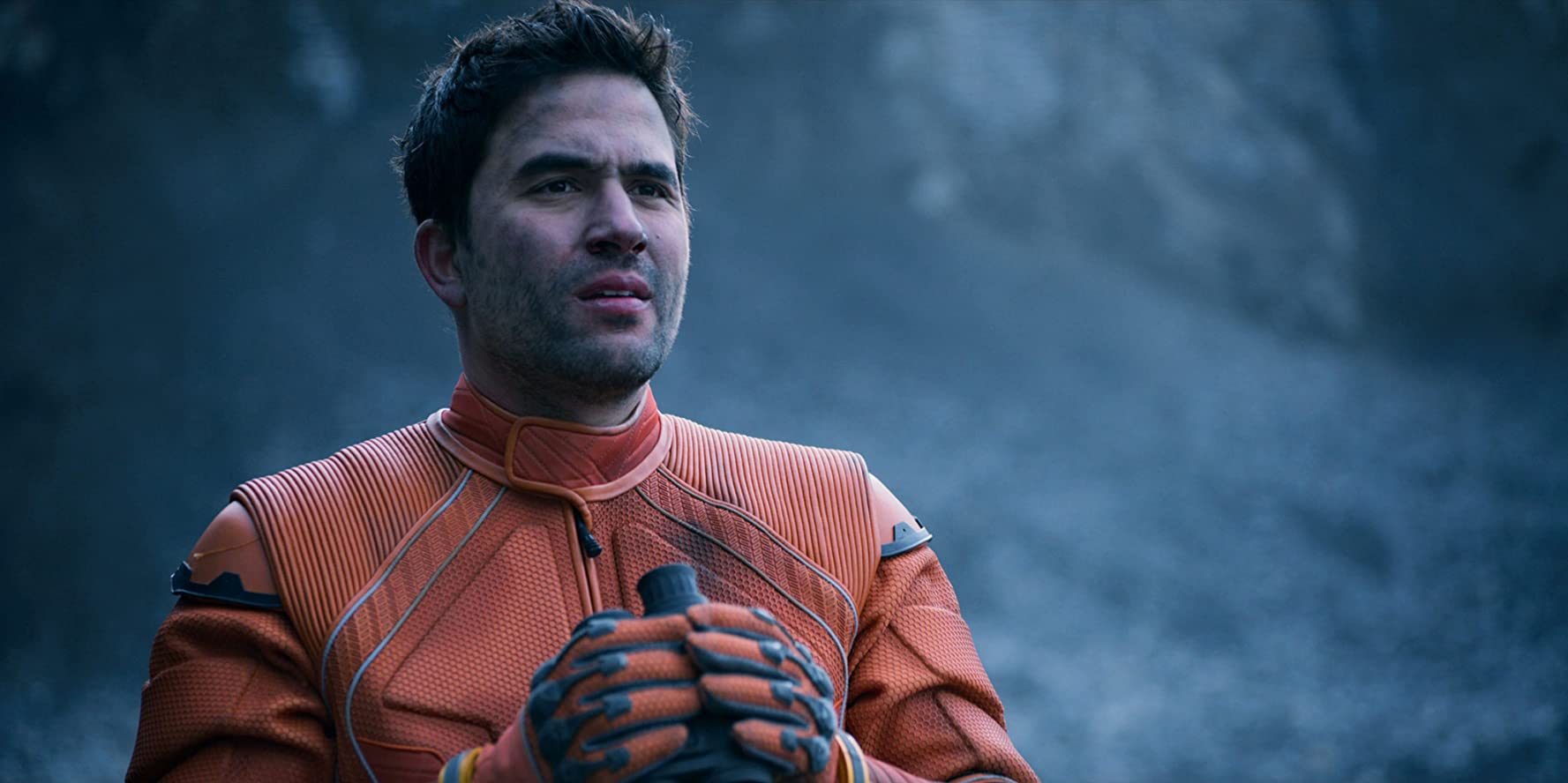 Ignacio Serricchio in Lost in Space (2018)