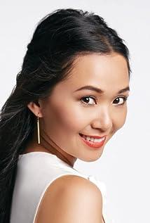 Hong Chau Picture