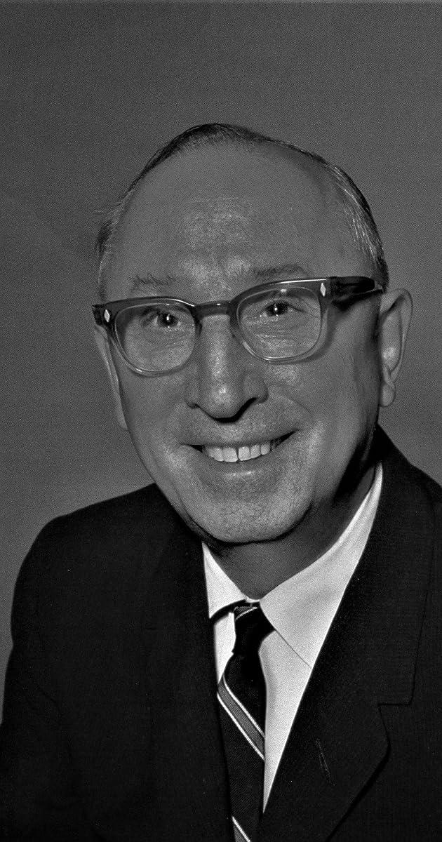 Oliver Roy Oscar Holmberg