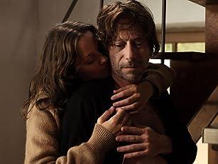 Mathieu Amalric and Marion Cotillard in Les fantômes d'Ismaël (2017)