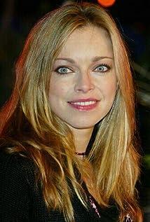 British Blonde Actress 7